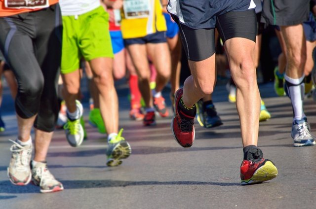 AdobeStock_Running_knees_640.jpeg